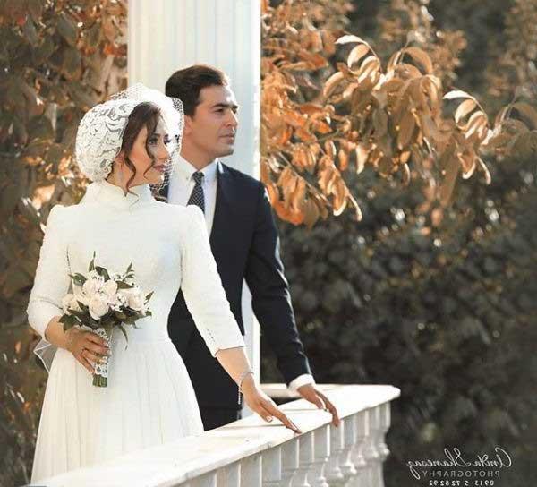 تصویری زیبا از الهام طهموری و همسرش