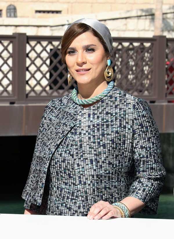 سحر دولت شاهی و لباس جنجالی