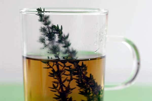 طرز تهیه چای آویشن