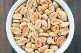 خواص بادام زمینی | هشدار درباره بادام زمینی